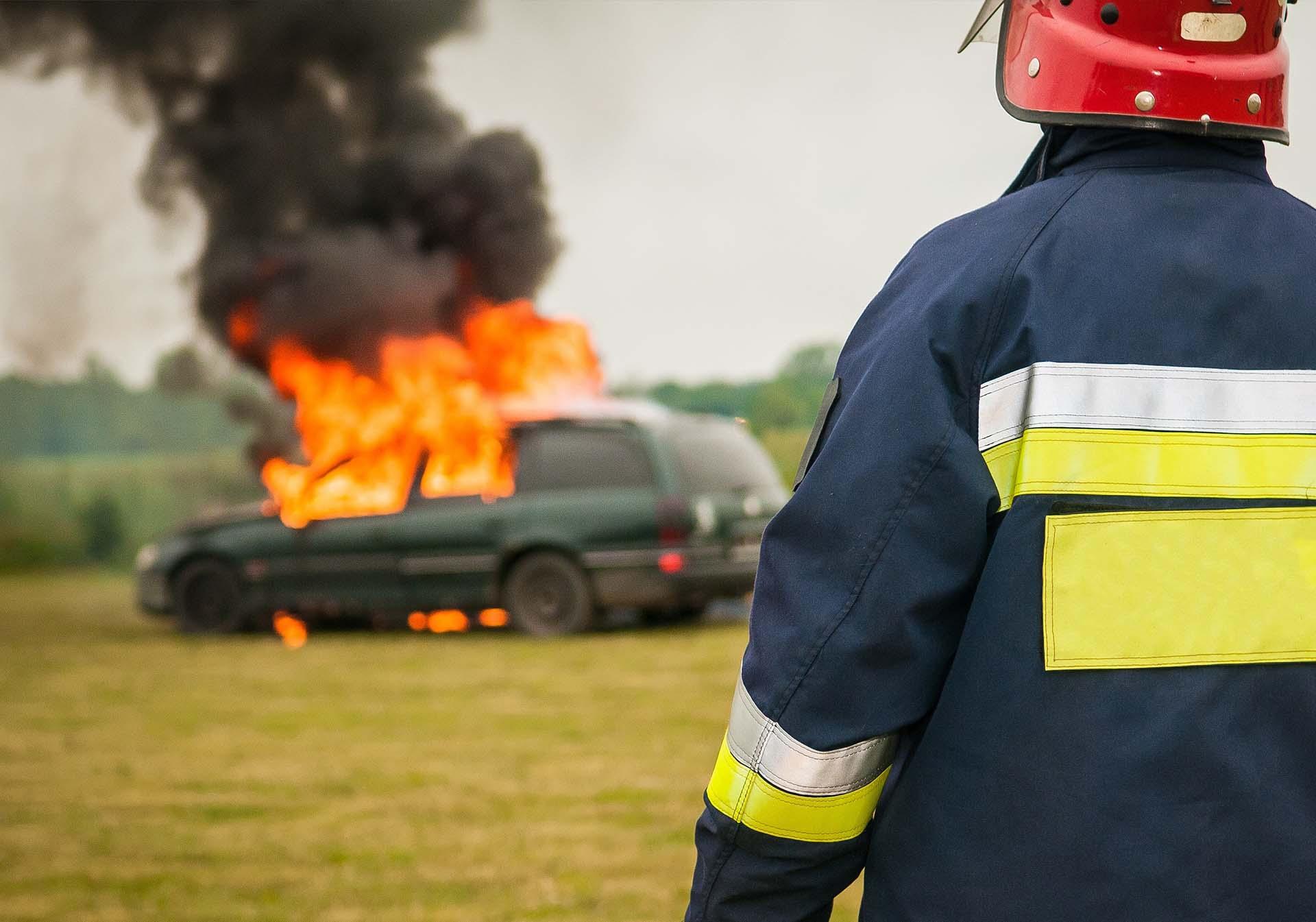 Ki fizeti a kárt, ha más miatt égett ki az autóm?